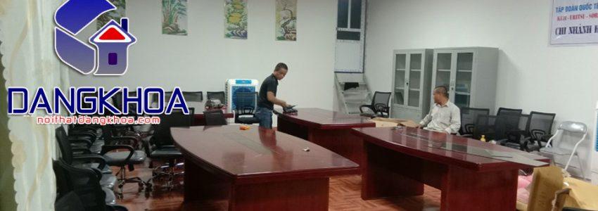 Bàn làm việc giám đốc tại nội thất văn phòng Đăng Khoa